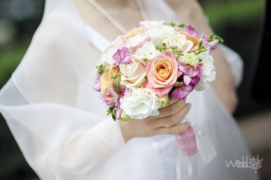Brautstrauss Hochzeitsfloristik Von Weddstyle