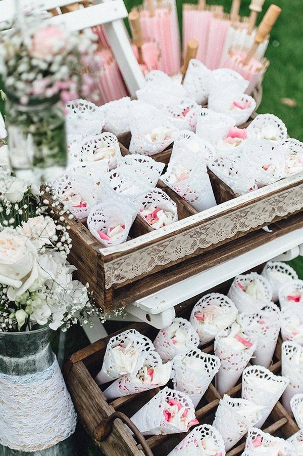 Streukorbchen Fur Hochzeit Mieten Weddstyle