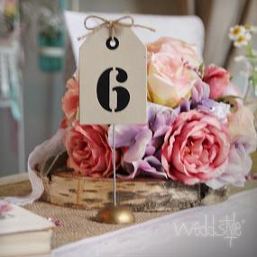 tischnummern f r deine hochzeit mieten weddstyle. Black Bedroom Furniture Sets. Home Design Ideas