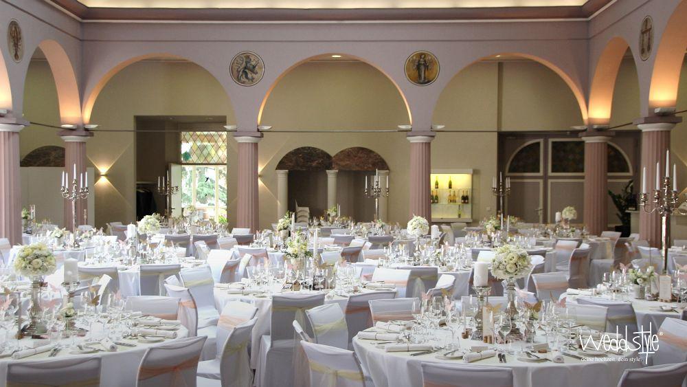 Hochzeitdeko & Hochzeit im Schloss Wachenheim | weddstyle