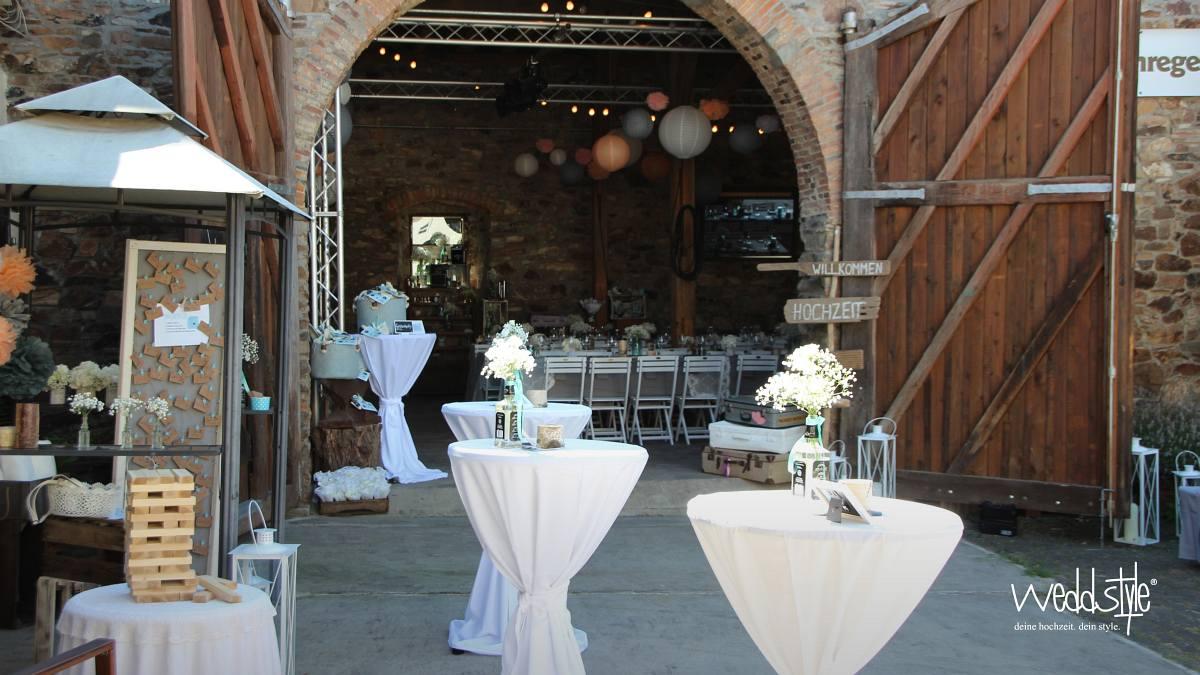 Vintage Hochzeitsdeko In Der Scheune Weddstyle